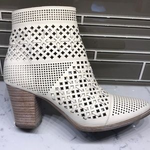 Franco Sarto Laser Cut Cream Booties  9M